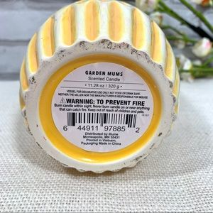 Accents - Garden Mums Ceramic Pumpkin Scented Candle